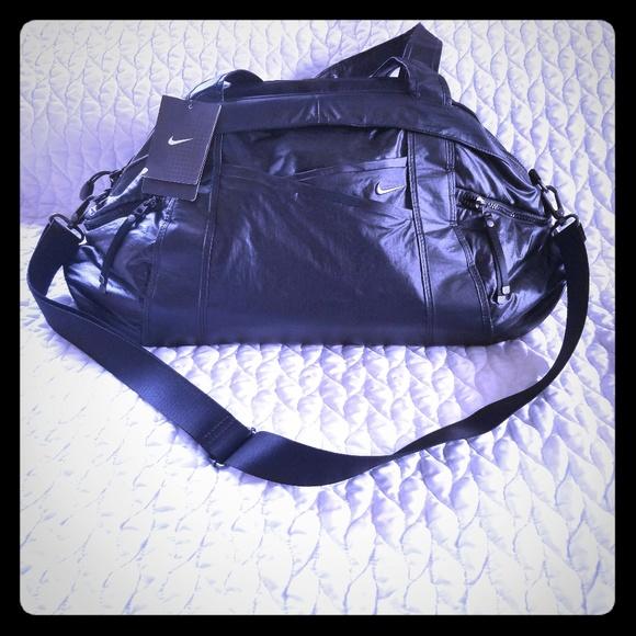 20435e44f5 Nike Womens Victory Gym Club Nylon Duffle Bag